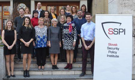 OATA zastúpená na seminári Učitelia proti dezinformáciám